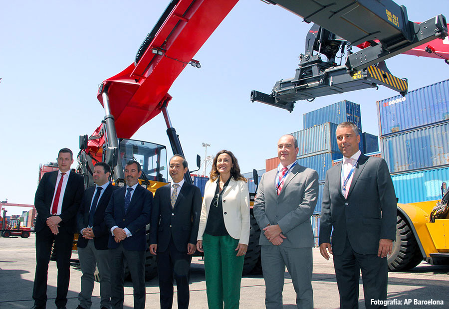 BERGÉ incorporates new container machines in its Port Nou terminal in Barcelona
